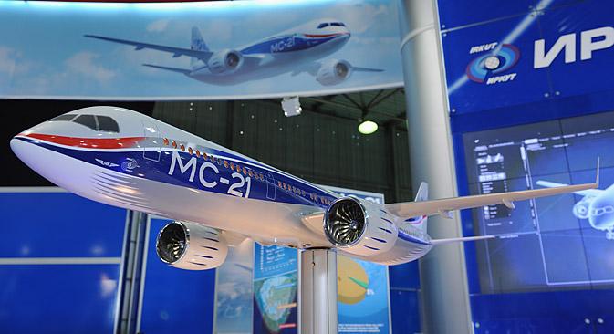 El nuevo avión de pasajeros ruso estará listo en 2016 y pretende irrumpir con fuerza en el mercado internacional. Fuente: Grigoriy Sisóev / RIA Novosti