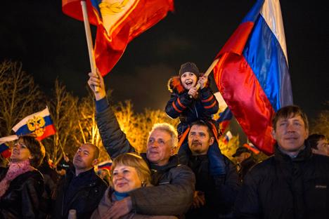 Festividades começaram na cidade de Armiansk, onde a operação teve início Foto: AP