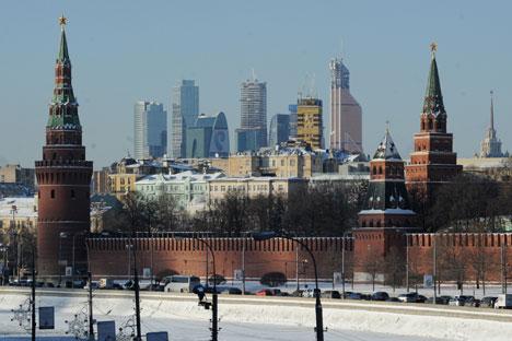 Moscou deve encontrar uma solução política para a crise na Ucrânia através do diálogo com todas as partes envolvidas no conflito Foto: ITAR-TASS