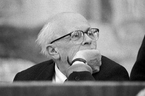 Andréi Sájarov, físico soviético y uno de los creadores de la bomba H. Fue un activista a favor de los derechos humanos y recibió el Premio Nobel de la Paz en 1975. Fuente: Yuri Zaritov / Ria Novosti