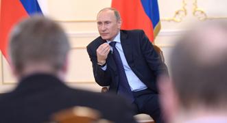 Putin rechaza una intervención militar en Ucrania