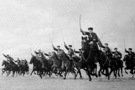 """Antes da Segunda Guerra Mundial, algumas divisões da cavalaria receberam o status de """"dos cossacos"""" Foto: Getty Images/Fotobank"""