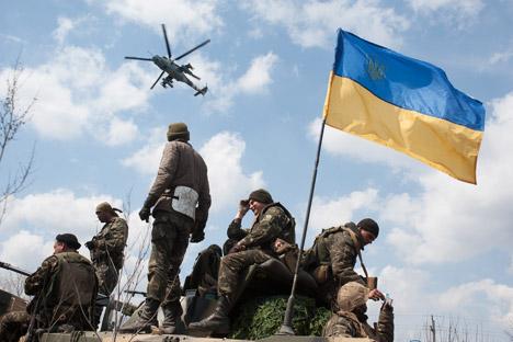 Operação no sudeste da Ucrânia está mergulhando o país em um conflito civil Foto: AP