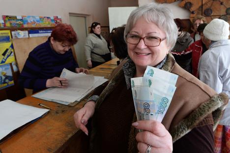 Desde la adhesión se hiciera oficial el pasado 25 de marzo han subido las pensiones y ha habido problemas de suministro de agua y electricidad. Fuente: Mijaíl Voskresenski / Ria Novosti