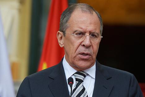 """Lavrov: """"Investigar os crimes na Ucrânia é importante para o processo que deve ser iniciado no país"""" Foto: E. Pessov / Ministério dos Negócios Estrangeiros"""