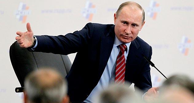 El presidente de EE UU mantuvo una conversación telefónica con su homólogo ruso. Fuente: AP