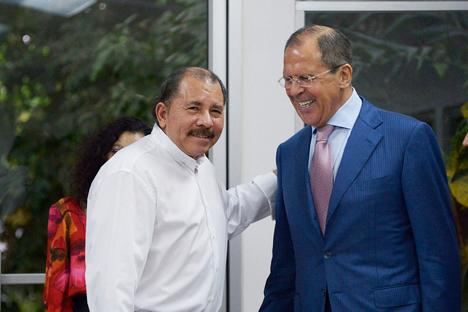 El presidente de Nicaragua Daniel Ortega junto al ministro ruso de Asuntos Exteriores Serguéi Lavrov, durante su visita a América Latina. Fuente: Ministerio de Exteriores de Rusia