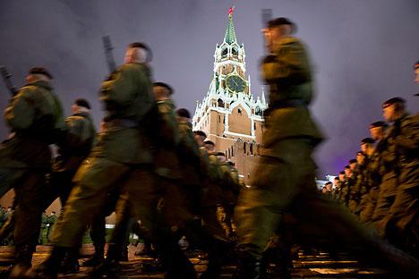 Preparación para el desfile del 9 de mayo en la Plaza Roja. Fuente: AP