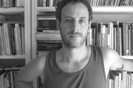Entrevista a Nicolás Schuff, escritor argentino que acaba de publicar en Rusia su primer libro infantil. Fuente: archivo personal