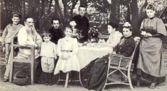 Vida y filosofía de Lev Tolstói en 15 fotos que nunca has visto