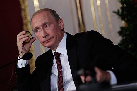 El presidente ruso mostró su apoyo a una solución pacífica que ha provocado una subida del rublo y de la bolsa. Fuente: Reuters