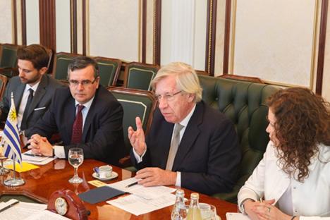 Astori viajou a Moscou e São Petersburgo a convite do Conselho da Federação Foto: serviço de imprensa