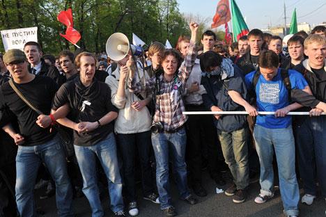 Los sociólogos hablan de una polarización social, que tiene como eje principal la diferencia entre generaciones. Fuente: Ria Novosti