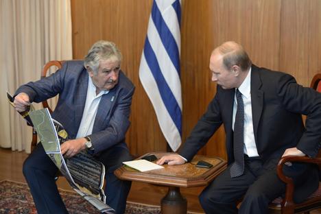 Ambos mandatarios se reunieron en dos ocasiones durante la reciente gira del presidente ruso por la región. Fuente: Alexéi Nikolski / Ria Novosti