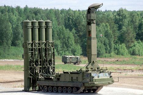 Sistemas de misiles antiaéreos S-300. Fuente: ITAR-TASS