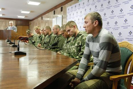 Vladímir Putin todavía no dispone de la información acerca de cómo llegaron los militares rusos a la región. Fuente: Reuters