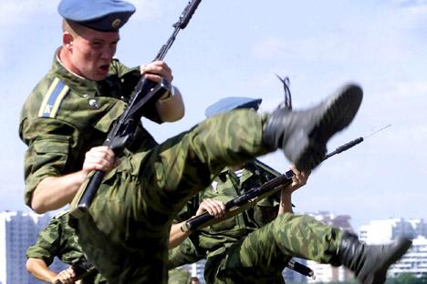Las fuerzas aerotransportadas aumentarán el número de efectivos y recibirán nuevo equipamiento. Fuente: Reuters