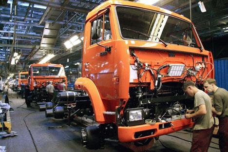 A Kamaz é a primeira empresa de automóveis que recebe apoio financeiro do Estado Foto: ITAR-TASS