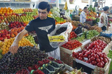 Mais de 23% de todas as reclamações são sobre aumento dos preços de vegetais e frutas Foto: ITAR-TASS