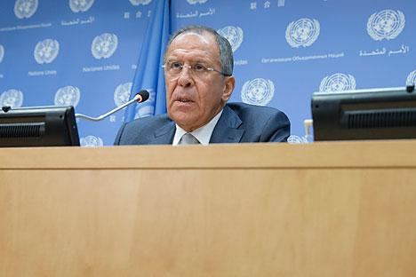 El ministro de Asuntos Exteriores de Rusia explica las principales líneas de actuación de la política exterior rusa. Fuente: AP