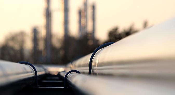 Em 2013 o fornecimento de petróleo e gás para o exterior totalizou US$ 323,4 bilhões, e em 2014, US$ 313,5 bilhões Foto: Shutterstock