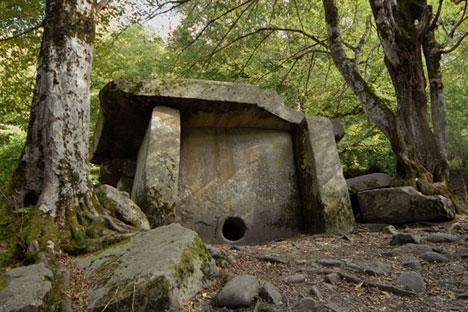 Las antiguas construcciones halladas en Adigueya se remontan al siglo IV a.C.Fuente: Lori / Legion Media
