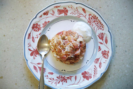 La zapekanka era un excelente plato soviético: era saciante y se podía hacer con casi cualquier cosa que se tuviese a mano. Fuente: Anna Jarzéeva