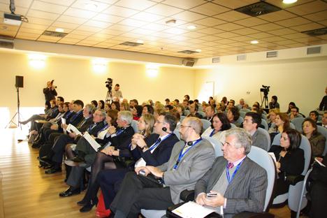 Momento de la reunión de los académicos en Madrid. Fuente: Elena Lukicheva.