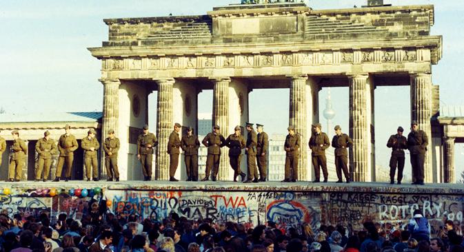 Hace 25 años la capital alemana cambió el destino de Europa. Fuente: DPA/AFP/East News