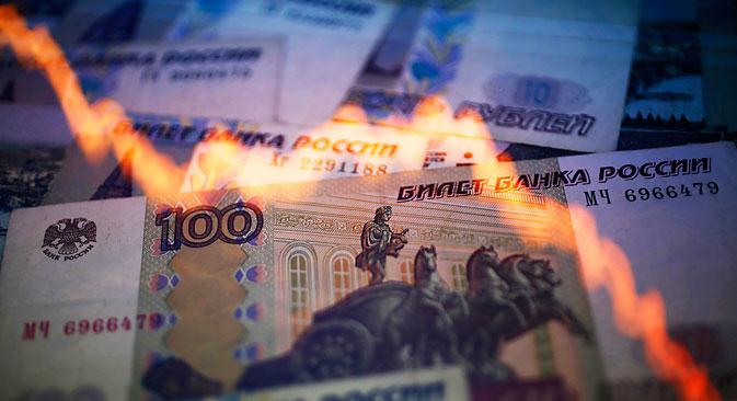 A moeda russa perdeu quase 20% em apenas algumas horas de negociação Foto: Serguêi Kuznetsov/RIA Nóvosti