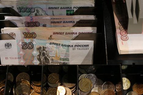 El rublo atraviesa por un momento de debilidad frente al dólar y el euro. Fuente: Getty Images/Fotobank.