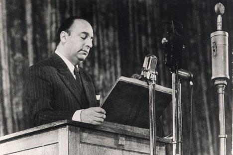 Pablo Neruda. Fuente: archivo