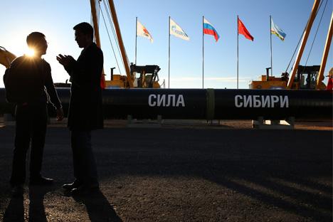 La caída del rublo, la bajada de los precios del petróleo y las sanciones occidentales, así como la reorientación hacia Asia han sido lo más destacado. Fuente: TASS / Valery Sharifulin
