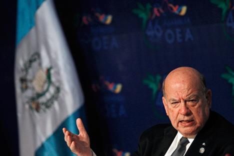 José Miguel Insulza Salinas (Santiago, 2 de junio de 1943) es un abogado, académico, investigador y político socialista chileno. Fue elegido secretario general de la OEA en mayo de 2005 y reelegido en 2010. Fuente: Reuters
