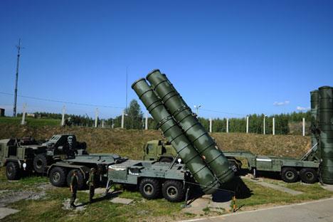 Sistema antiaéreo S-400. Fuente: Stanislav Krásilnikov / TASS