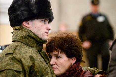 ONG denuncia que hay soldados obligados a cambiar su estatus. Fuente: Aleksandr Kriázhev / Ria Novosti