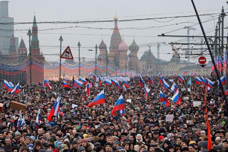 La marcha en memoria de Borís Nemtsov, celebrada el 1 de marzo, reunió a miles de personas en el centro de Moscú. Fuente: AP.