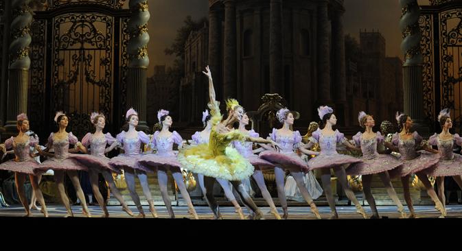 La vida artística de las bailarinas comienza muy pronto. Fuente: AFP/East News