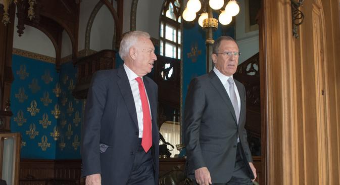 Serguéi Lavrov y José Manuel García-Margallo tras su encuentro en Moscú, 2015.