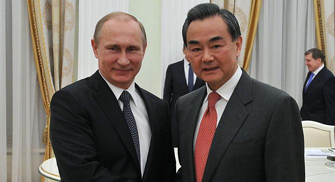 Moscú y Pekín se acercan y tratan de mantener sus intereses nacionales. Fuente: EPA