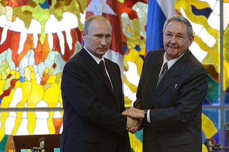 """Pútin """"avaliou de maneira bastante positiva o processo de normalização das relações bilaterais EUA-Cuba"""", segundo porta-voz. Foto: Aleksey Nikolsky / TASS"""