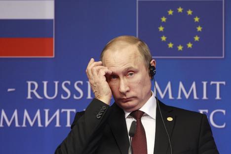Empresas como Rosneft y Gazprom han gastado millones de rublos para luchar contra las sanciones, sin resultados tangibles. Fuente: AP