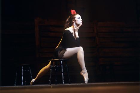 Maya Plisétskaya, durante una interpretación de Carmen en 1971. Fuente: Ria Novosti