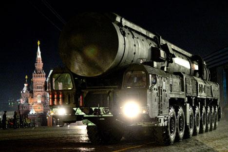Complexo de mísseis Yars, na Praça Vermelha de Moscou Foto: Ria Nôvosti/Vladímir Astapkovitch