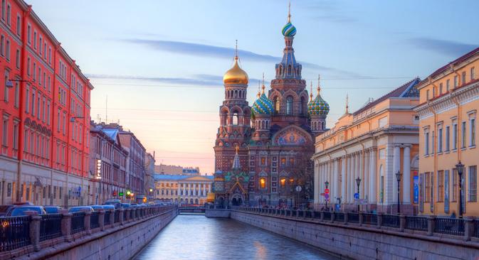 Iglesia del Salvador sobre la sangre derramada en San Petersburgo. Fuente: lori / legion media