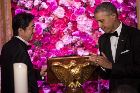 El primer ministro japonés Shinzo Abe junto a Barack Obama, dos de los impulsores de los acuerdos.