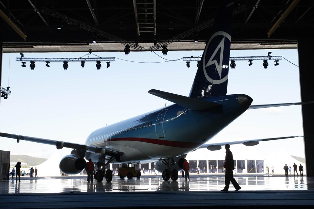 El avión Superjet que opera en el país desde 2013.