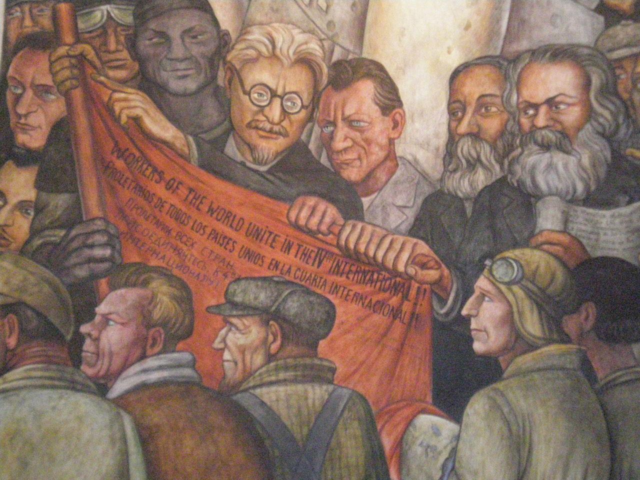 """Detalle del fresco de Diego Rivera """"El hombre controlador del universo"""" con León Trotski, Friedrich Engels y Karl Marx. Fuente: Éclusette (CC BY 3.0)"""