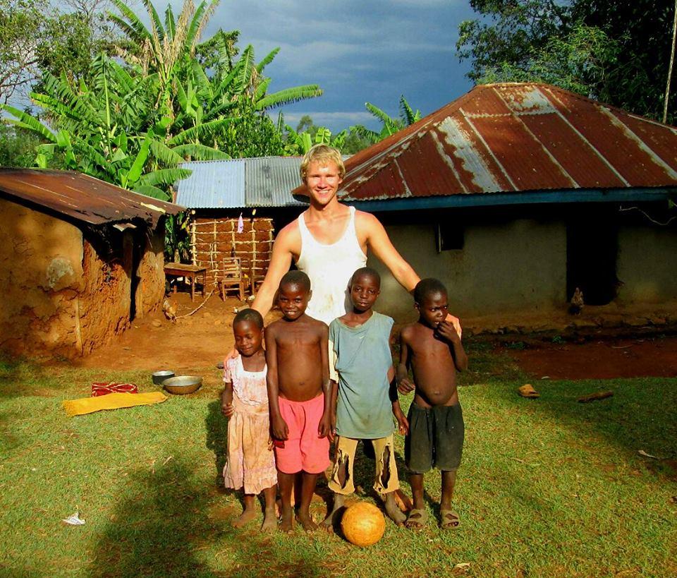 Smirnov em Uganda (Foto: Arquivo pessoal)