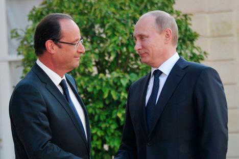 François Hollande et Vladimir Poutine. Crédit photo: Alexei Nikolski / RIA Novosti